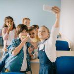 В Кишиневском лицее «Mihai Viteazul»,  ученики приходят на уроки без мобильных телефонов
