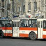 Молодой националист оскорблял женщину в кишиневском троллейбусе за то, что она говорила на русском языке