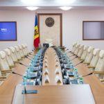 Новый кабинет министров приступил к выполнению работы за «небольшую зарплату», а как выживать простому гражданину?