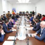 На закрытой встрече с Додоном депутаты Гагаузии обвинили его в пустых обещаниях.