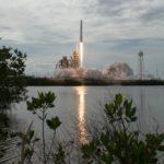 SpaceX получила разрешение на запуск более 7500 интернет-спутников