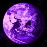 Ученые выяснили, что Земля когда-то была фиолетовой