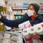 Жители страны могут получить штраф за несоблюдение санитарно-эпидемиологических мер.