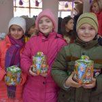 Волонтёры молодёжного объединения «FEED-BACK» провели в Бессарабке новогодние мероприятия для детей